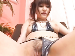 Cutie Japanese babe gets drilled with vibrator sex toy