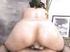 Oriental girl gets fingered before sucking dick